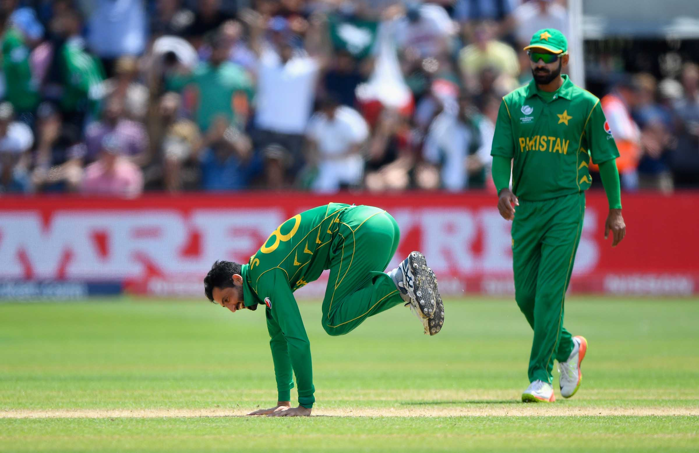 Fakhar Zaman's catch and other turning points from Pakistan's win over England
