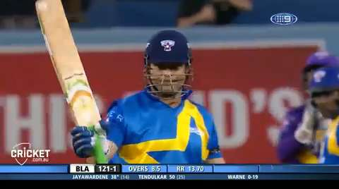 Tendulkar-turns-back-the-clock-in-LA-still