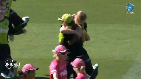 Highlights-Thunder-win-WBBL01-in-thriller-still