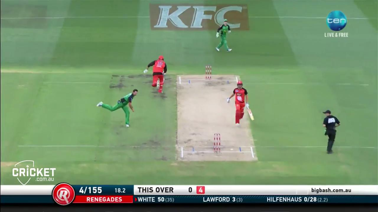 Hilfenhaus misses golden chance to run-out White