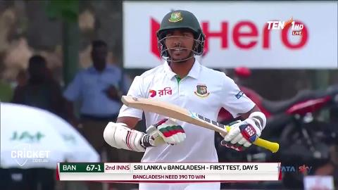 Bangladesh-opener-is-bowled-then-tries-to-review-still