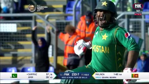 Pakistan through to semis in Cardiff thriller