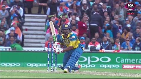 Gunaratne-thrills-with-unbelievable-shot-still