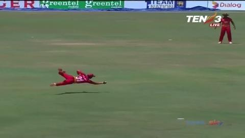 You-wont-see-many-better-catches-in-ODI-cricket-still