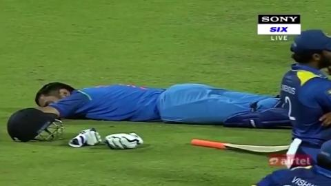 Dhoni-Asleep-still