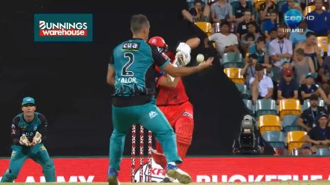 Lalor-ends-Shorts-stay-with-super-grab-still
