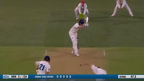 Mennie-traps-Hughes-LBW-on-final-ball-still