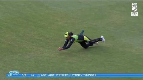 Harmanpreet-Kaur-with-a-Spectacular-Caught-Out-vs-Adelaide-Strikers-Women-still