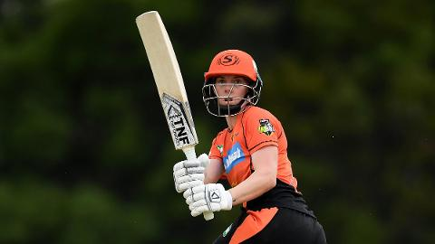 Villani-steers-Scorchers-to-victory-still