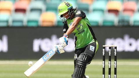 Hasty-Harmanpreet-goes-big-in-Hobart-still