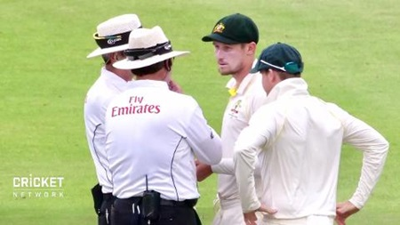 Smith banned amid ball tampering scandal