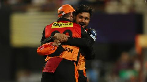 Match-10---SRH-v-KKR-still