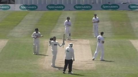 Khawaja-conquers-spin-in-second-straight-county-ton-still