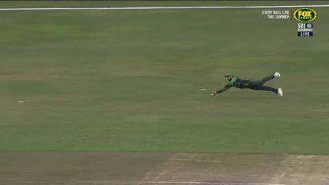 A Shadab-solute hanger! Leggie takes flight in final