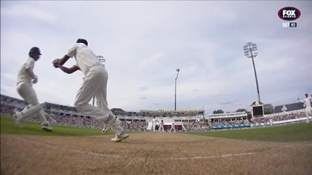 Curran's courtesy costs Stokes his wicket