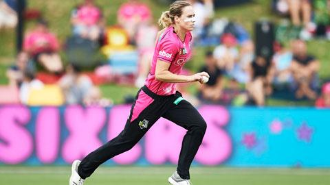 Ellyse-Perry-ultimate-allrounder-still