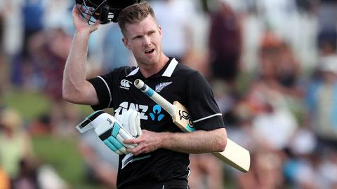 Jimmy-Neesham-takes-34-from-an-over-still