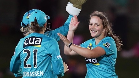 Heat teen's awesome over on WBBL debut
