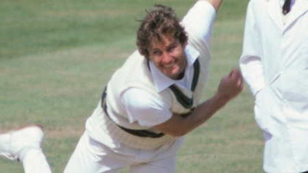 From the Vault: All lbw as Alderman takes five at the MCG