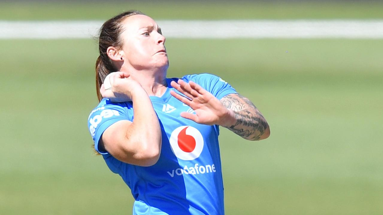 Coyte rips through Sixers with triple treat