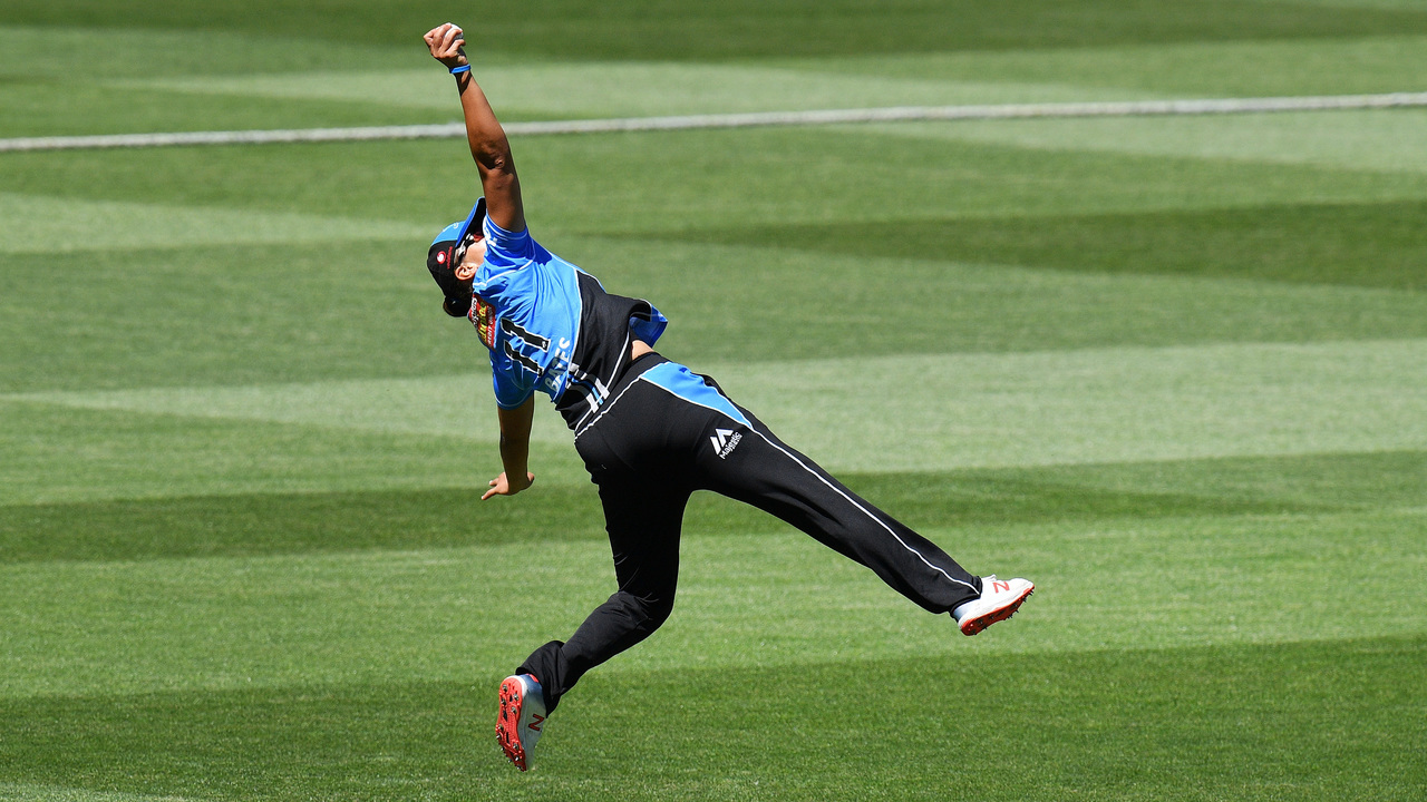 WBBL classics: which catch was better?