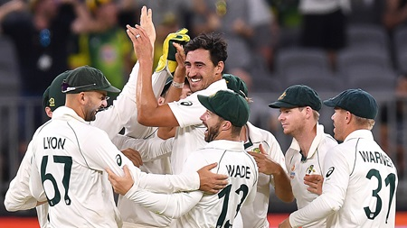 Watch all 10 New Zealand first-innings wickets