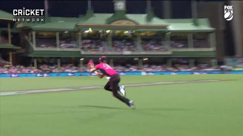 Curran soars to reel in super catch