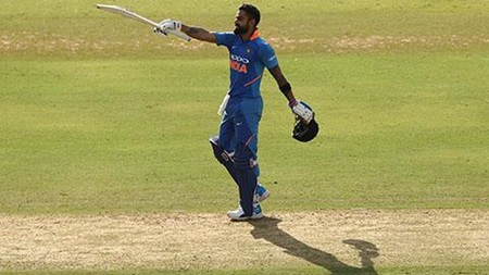 Kohli compiles ODI hundred No.40
