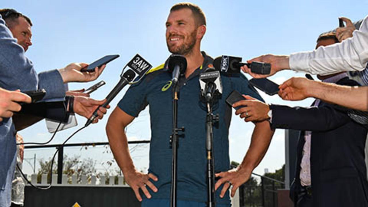 Finch discusses Australia's Cup squad