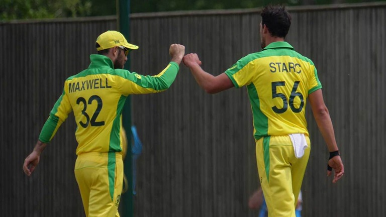 Aussie-bowlers-contain-Windies-still