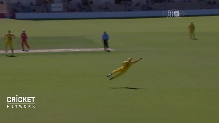 From-the-Vault-Hussey-takes-a-blinder-still