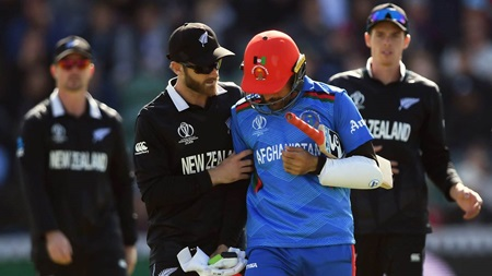 Rashid concussed, NZ cruise past Afghans