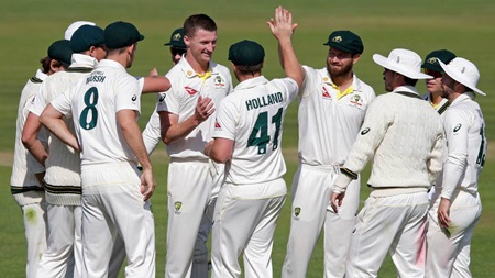 Seamers spare Australian XI batter blushes