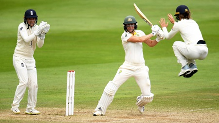 Perry again leads the way as Aussies secure Ashes