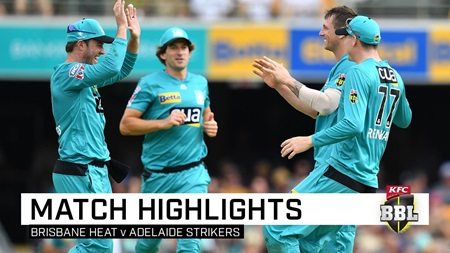 Red-hot Heat mark de Villiers' debut with big win