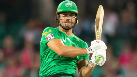 Stoinis keeps run flowing with another fifty