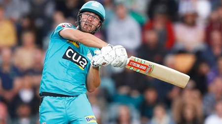 Lynnsanity hits Hobart as Heat skipper blasts 88