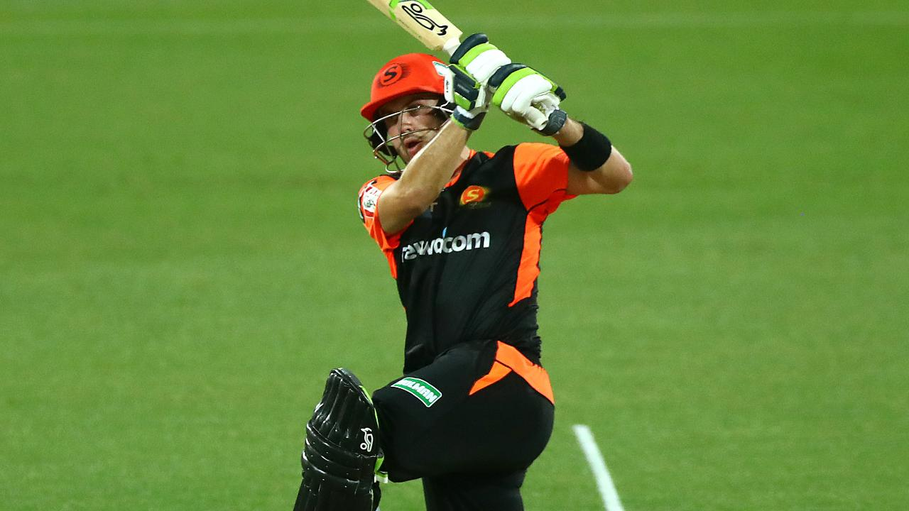 Inglis hammers second half-century of BBL|09