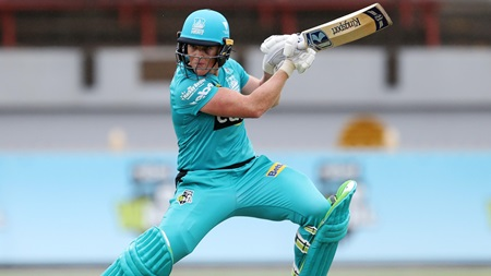 Red-hot Harris smashes Scorchers to kick off WBBL