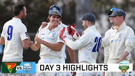 Abbott and Starc dominate in rollercoaster match