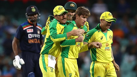Watch all eight Indian wickets as Zampa, Hazlewood star