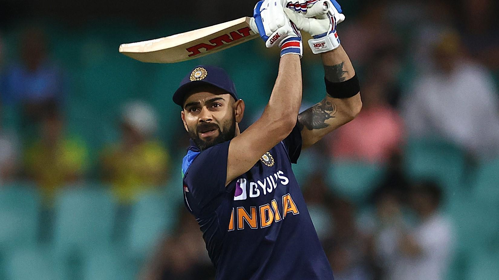Kohli shines with dazzling 89 before Henriques intervenes