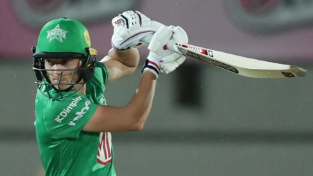 Lanning continues brilliant form with another fifty
