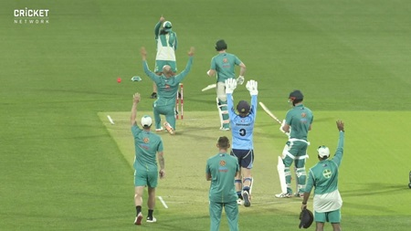 Highlights of Australia's intense Adelaide Oval training