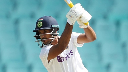 Agarwal tunes up for Test series with 61