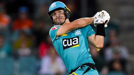 Wildermuth smashes four sixes to keep good form going
