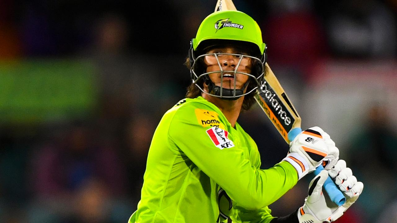 Fearless Davies dazzles for Thunder on BBL debut