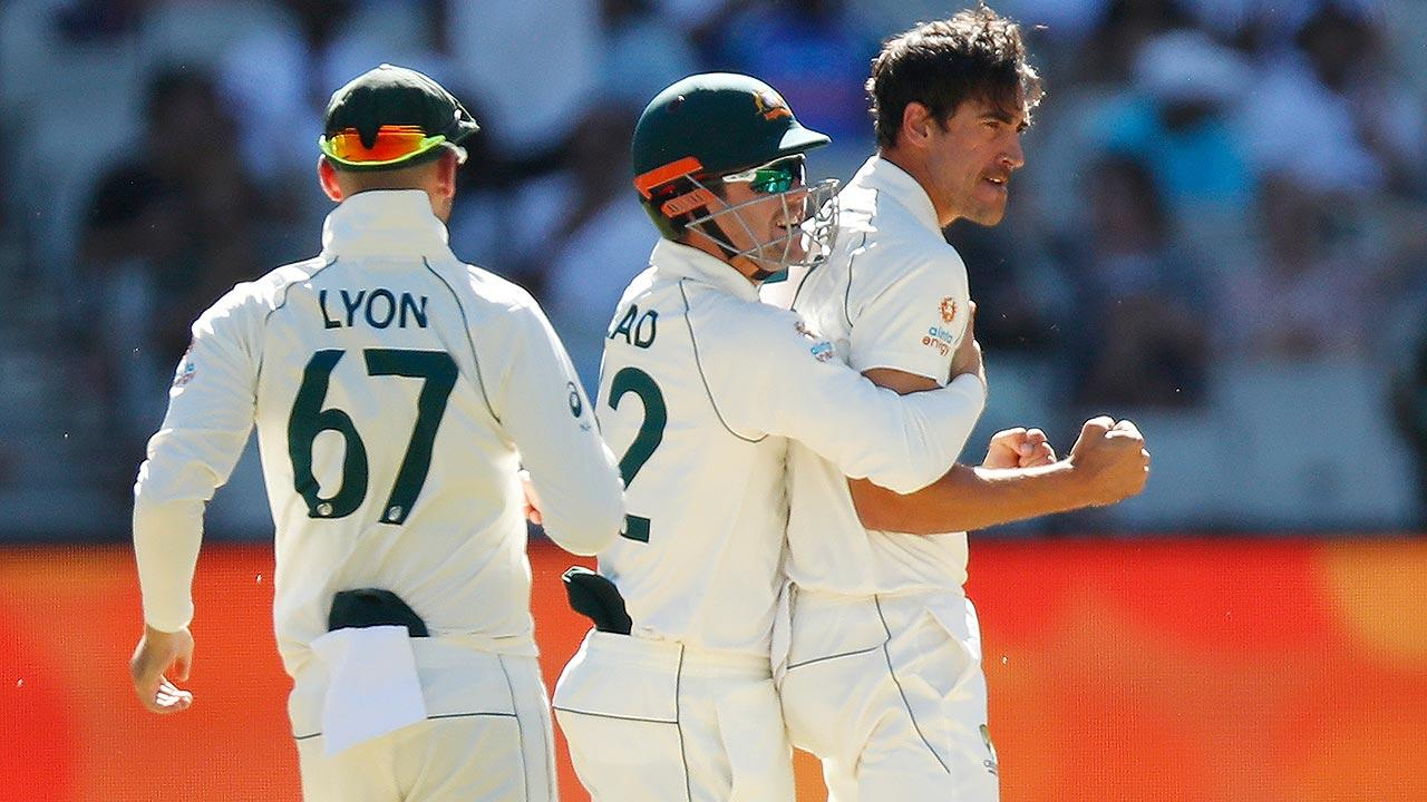Watch every ball of Starc & Cummins' opening overs