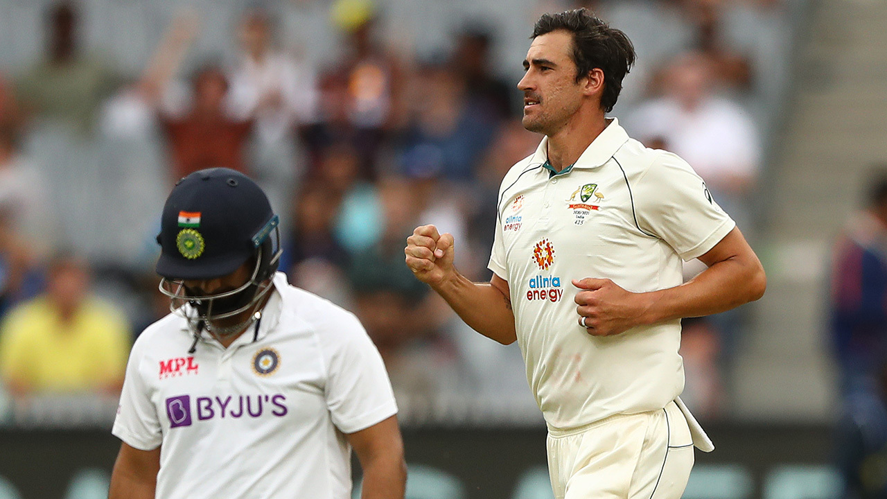 Ponting says Starc 'bowling better now than ever'
