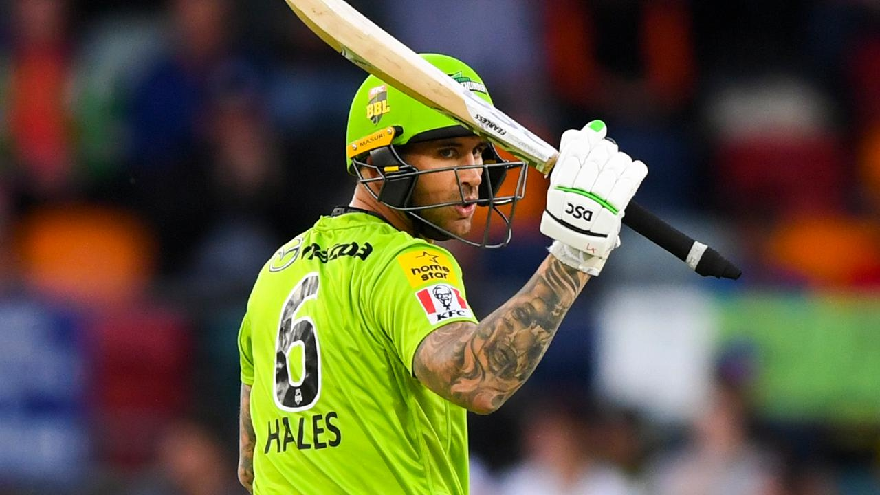 Hales hits the roof - twice - in fastest Thunder fifty